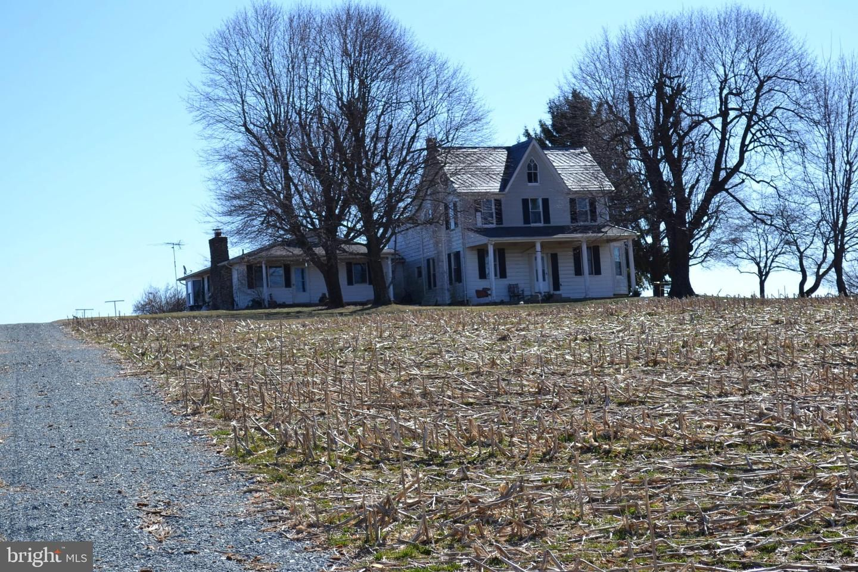 2201 New Park Rd, New Park, PA 17352 - 4 Bed, 3 Bath Single-Family Home -  MLS #PAYK112608 - 15 Photos | Trulia