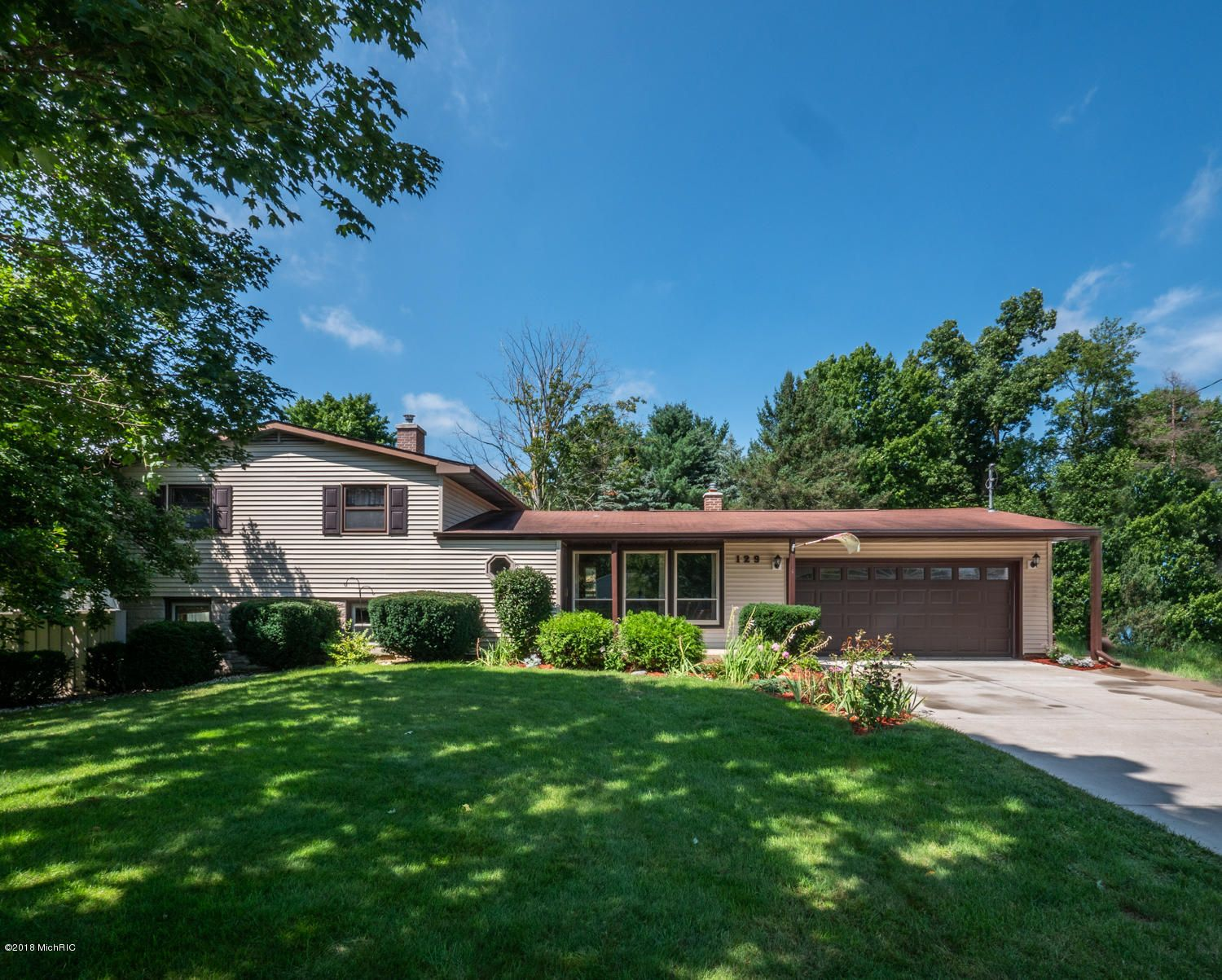 129 Beaumont Dr, Battle Creek, MI 49014 | Trulia
