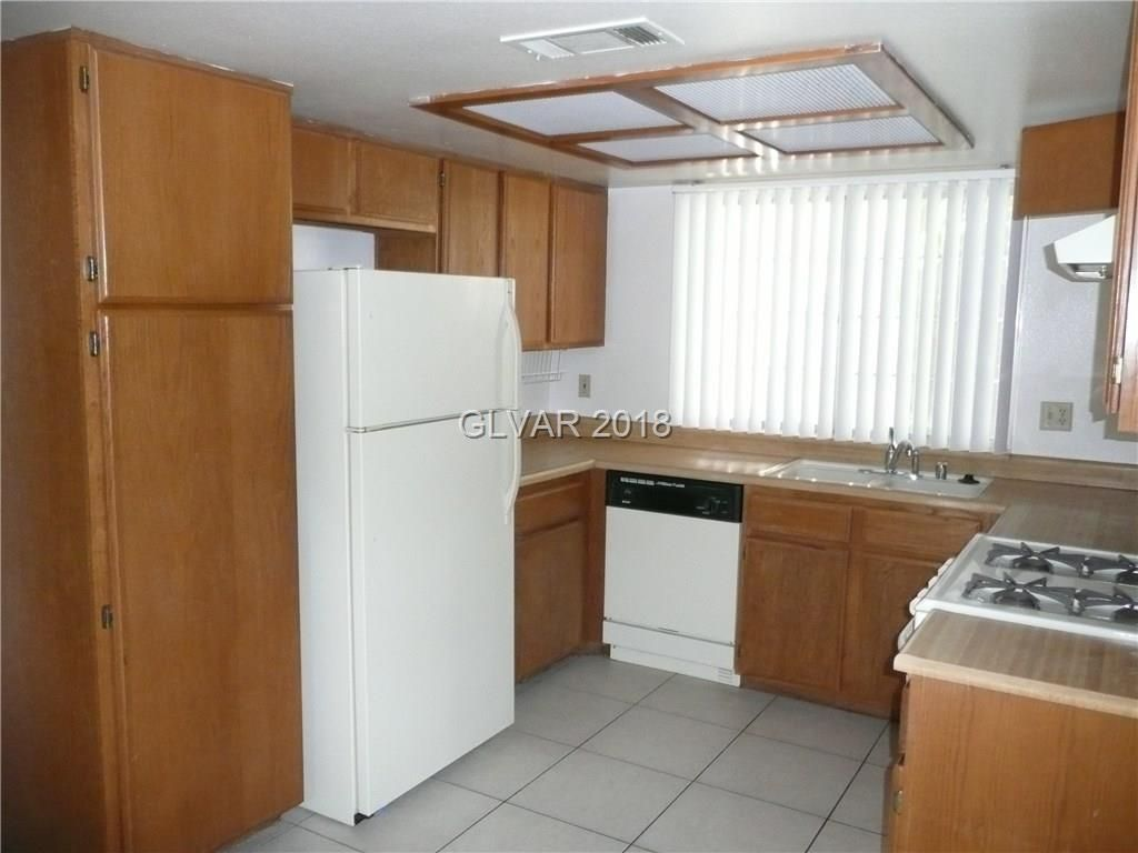 6805 Megan Ave, Las Vegas, NV 89108 - Estimate and Home Details | Trulia