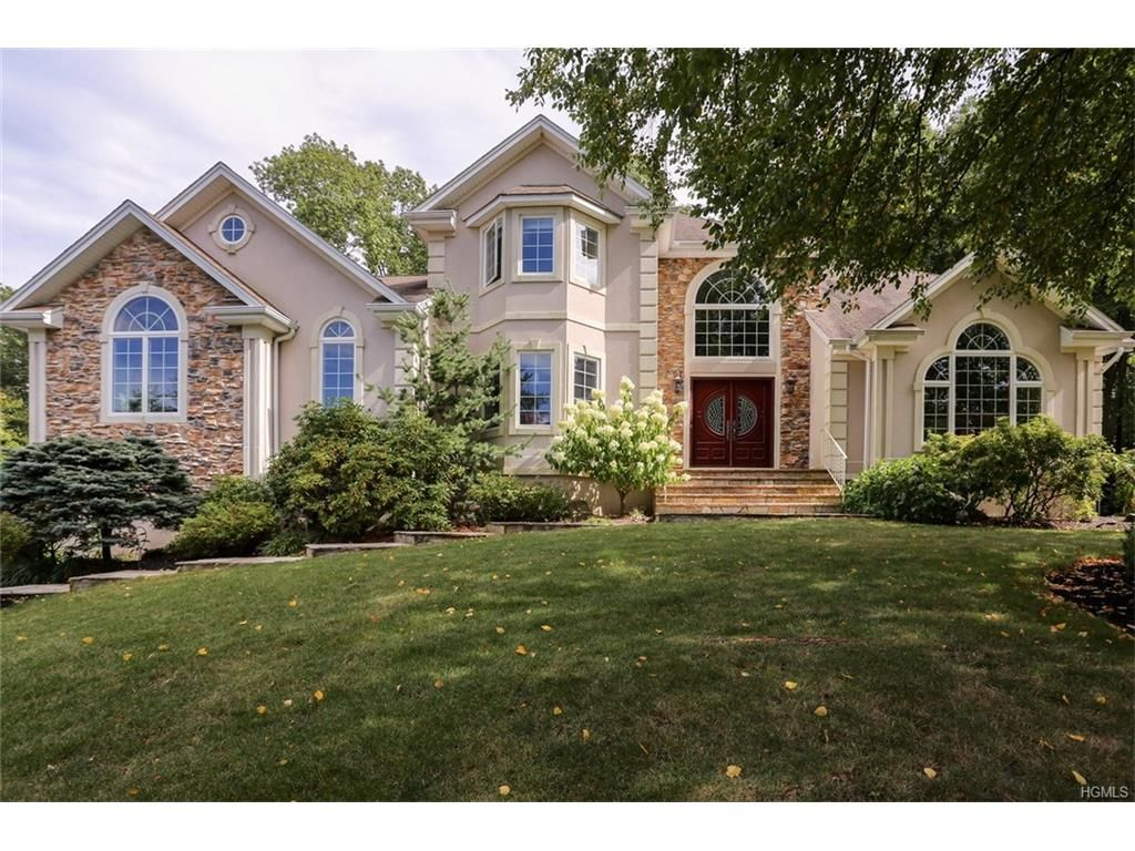 12 Beaver Pond Ct, Stony Point, NY 10980 - Recently Sold | Trulia
