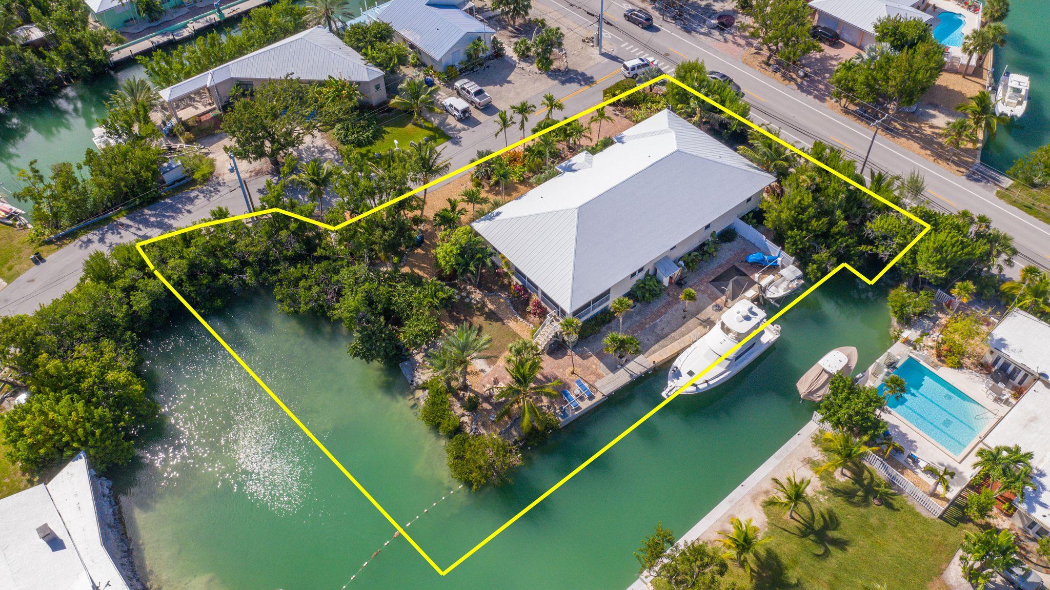 21023 2nd Ave, Cudjoe Key, FL 33042 - 3 Bed, 2 Bath Single-Family Home -  MLS #583056 - 35 Photos | Trulia