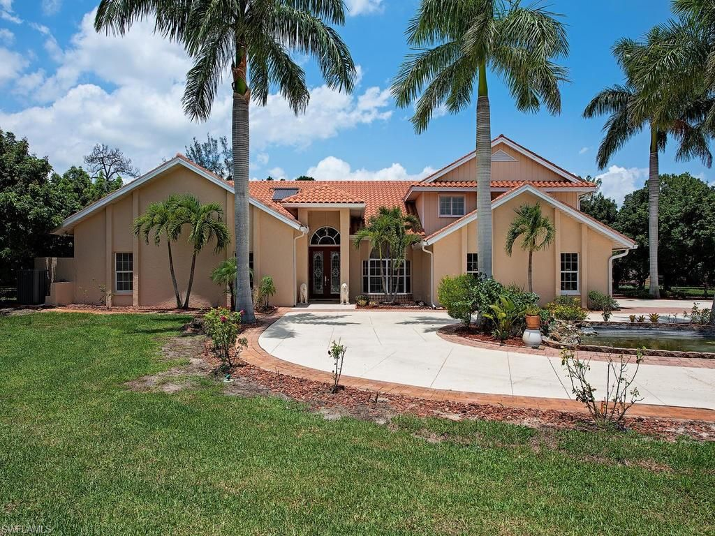 24500 Paradise Rd, Bonita Springs, FL 34135 - 4 Bed, 3 Bath Single-Family  Home - MLS #219040166 - 24 Photos | Trulia