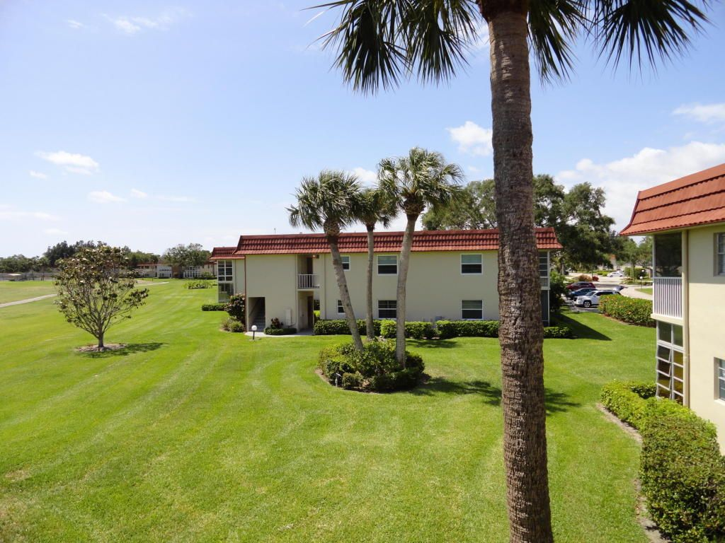 7 Vista Palm Ln #202 For Sale - Vero Beach, FL | Trulia