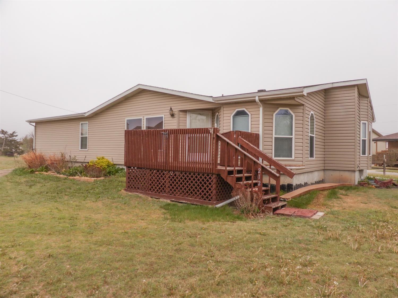 212 Cheyenne St For Sale - Schoenchen, KS   Trulia