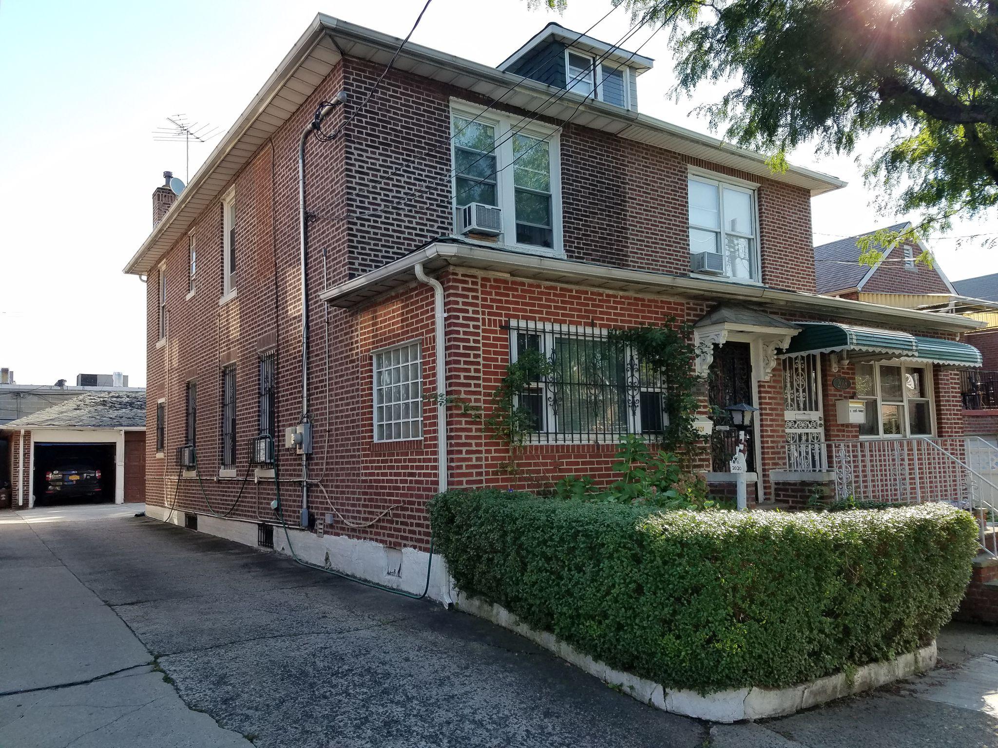 2020 Tomlinson Ave, Bronx, NY 10461 - 3 Bed, 2 Bath Single-Family Home -  MLS #4923126 - 67 Photos | Trulia