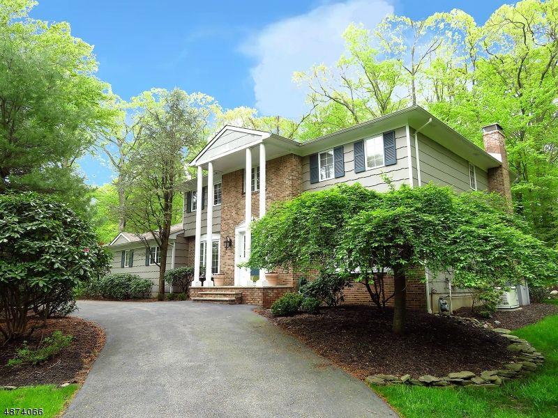 3 Hennion Dr, Parsippany, NJ 07054 - 5 Bed, 4 Bath Single-Family Home - MLS  #3536254 - 25 Photos | Trulia