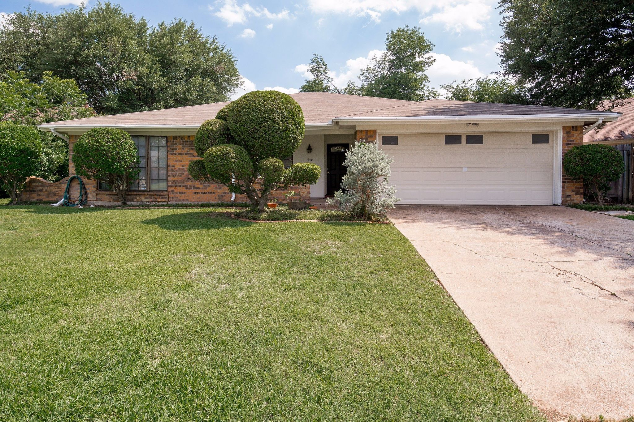 4016 hemlock st fort worth tx 76137 estimate and home details