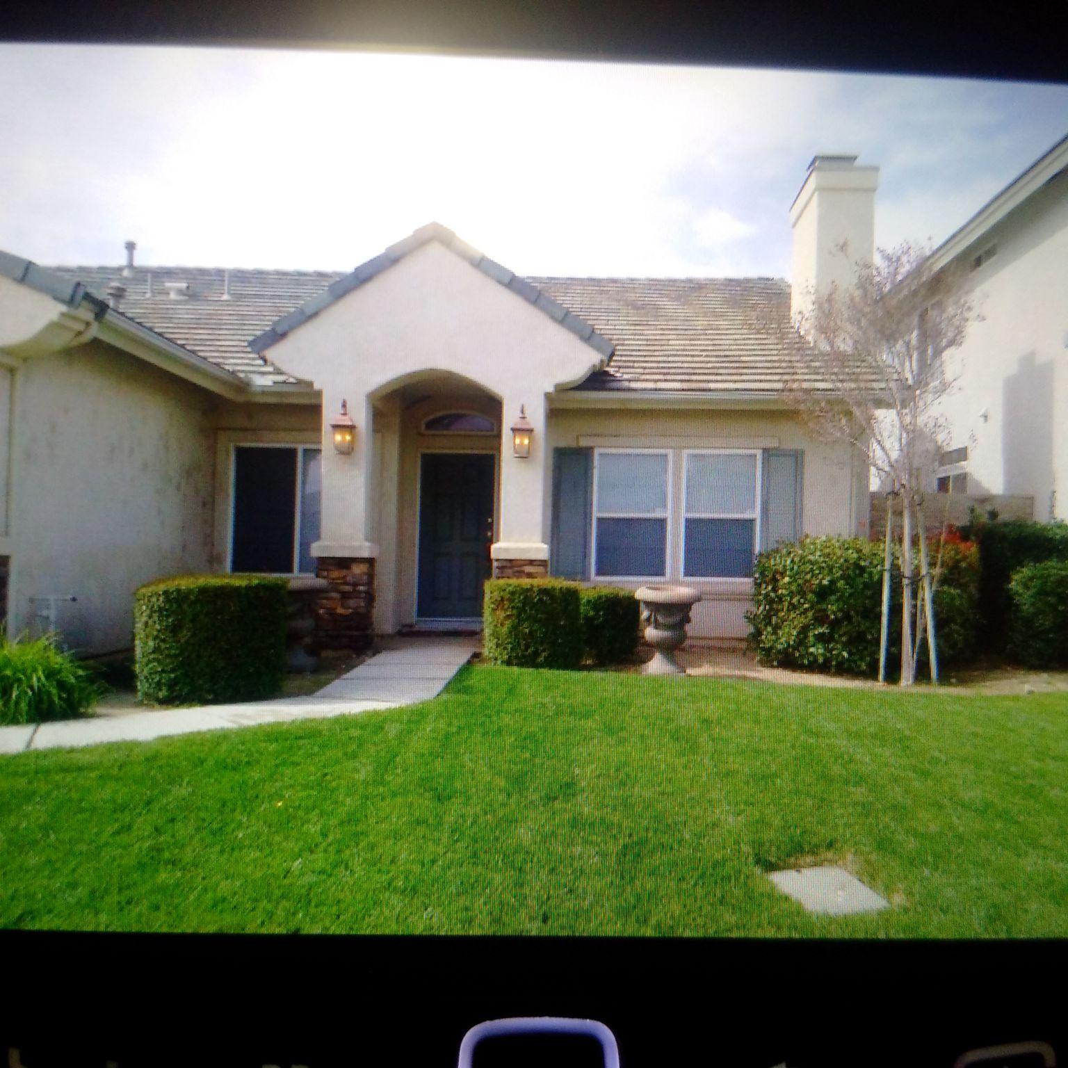 Camden Ct Fontana CA Recently Sold