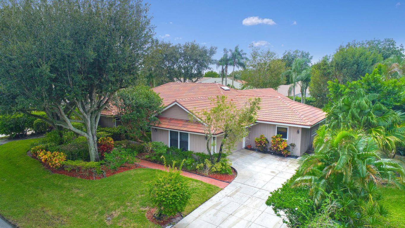 2 Carrick Rd, Palm Beach Gardens, FL 33418 - Estimate and Home ...