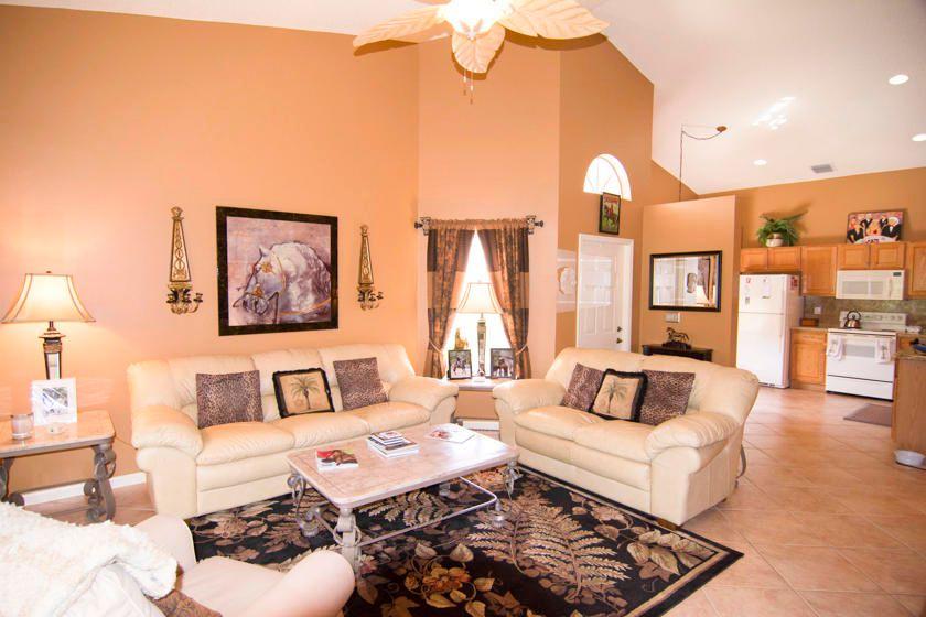 10638 Lake Shore Dr Wellington FL 33414 Estimate and Home