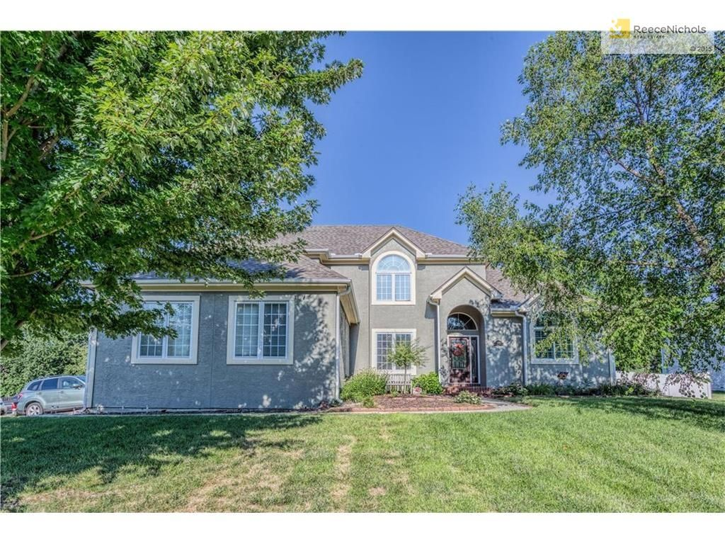 Elegant 1315 NE Valley Forge Dr