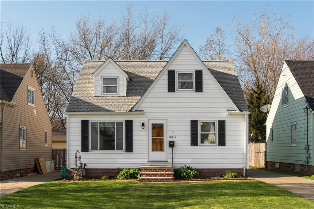 18316 Rockland Ave For Sale - Cleveland, OH | Trulia