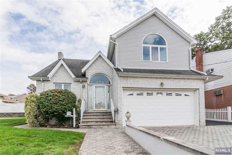 11 Jackson Pl, Lodi, NJ 07644 - Estimate and Home Details | Trulia