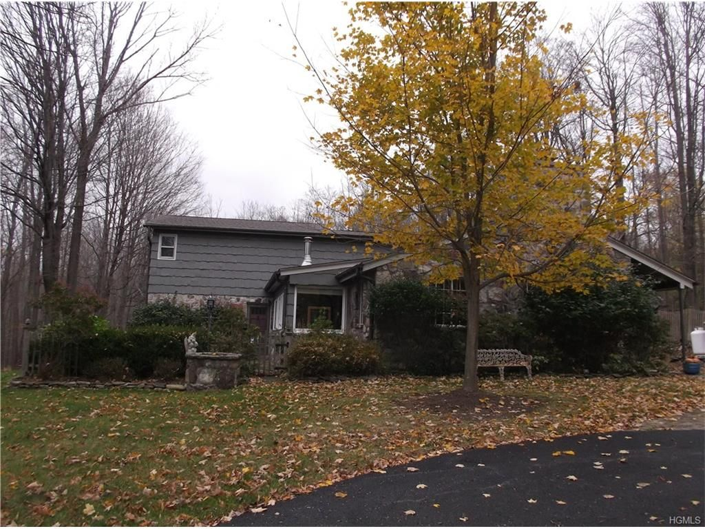 883 Laroe Rd, Monroe, NY 10950 - Estimate and Home Details | Trulia