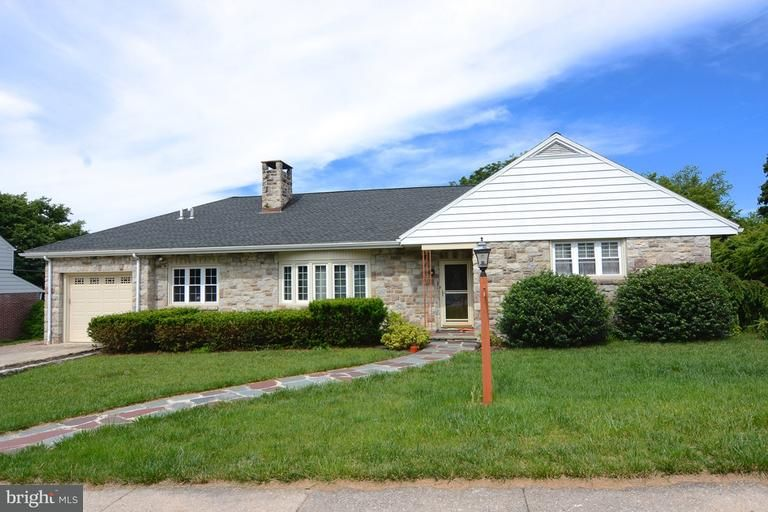 1940 Olive St, Reading, PA 19604 - Recently Sold | Trulia