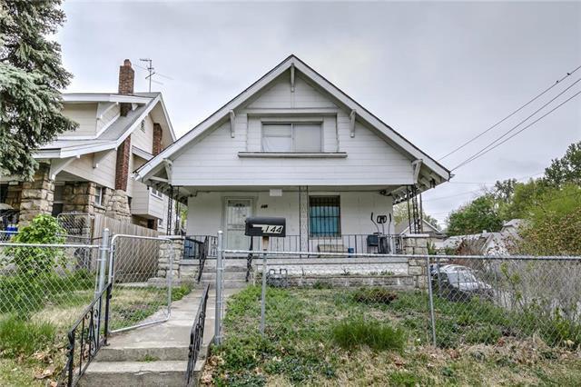 Strange 144 N Brighton Ave Kansas City Mo 64123 3 Bed 2 Bath Single Family Home Mls 2161199 23 Photos Trulia Home Remodeling Inspirations Genioncuboardxyz