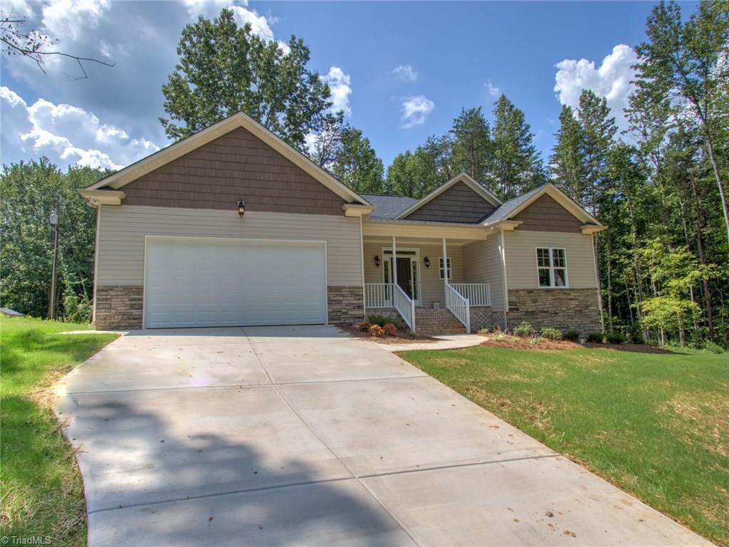 407 Eva Ln, Greensboro, NC 27455 - Estimate and Home Details | Trulia