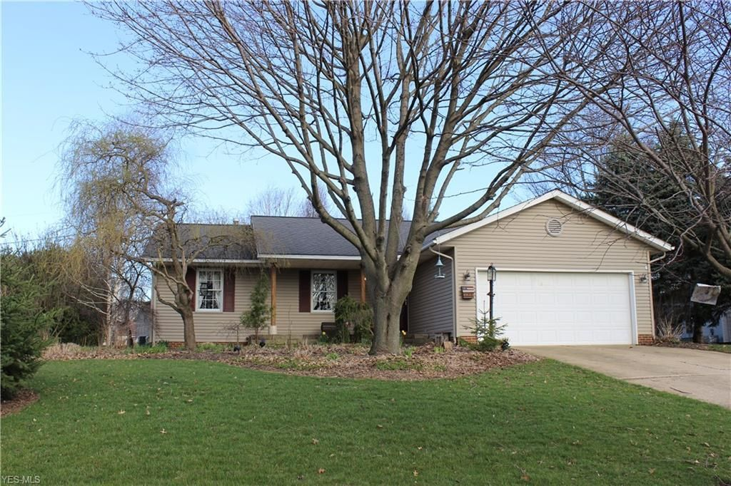 Superb 3461 Donegal Dr Ne Canton Oh 44721 3 Bed 2 Bath Single Family Home Mls 4085345 35 Photos Trulia Home Remodeling Inspirations Genioncuboardxyz