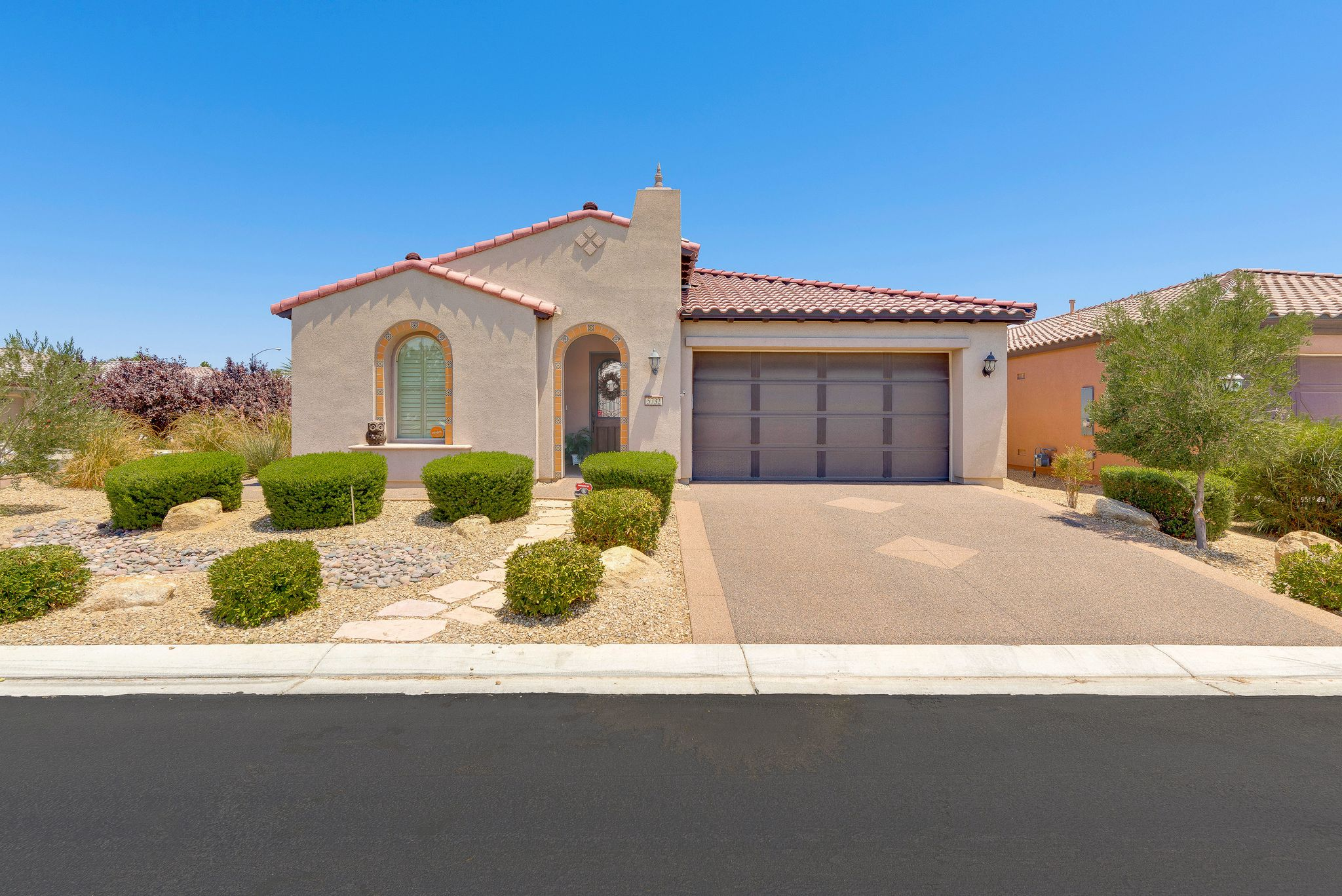 5732 pinnacle falls st north las vegas nv recently sold