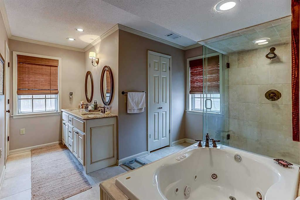 7135 whitebridge rd, memphis, tn 38135 - 3 bed, 3 bath single