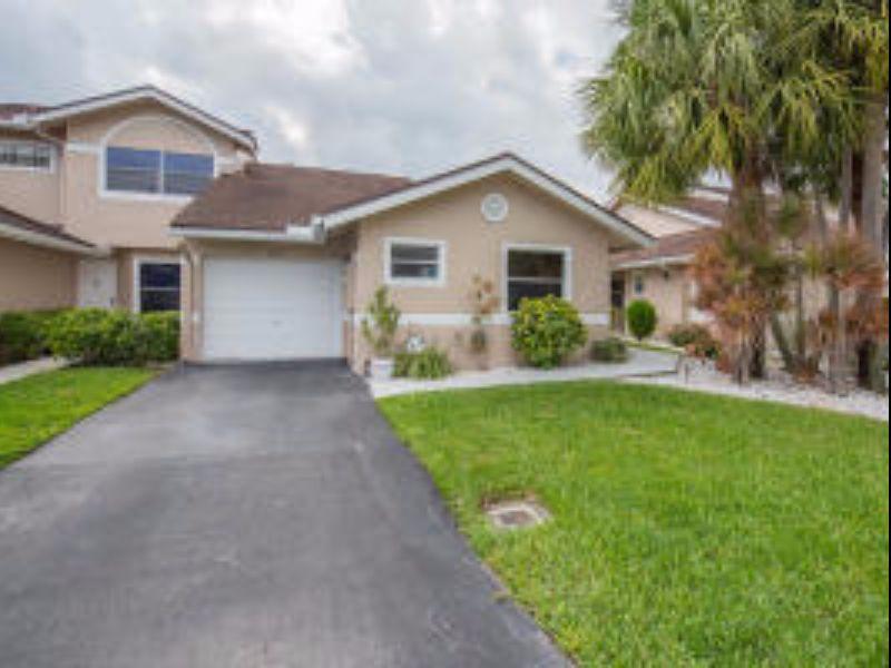 1237 W Lakes Dr For Sale - Deerfield Beach, FL | Trulia