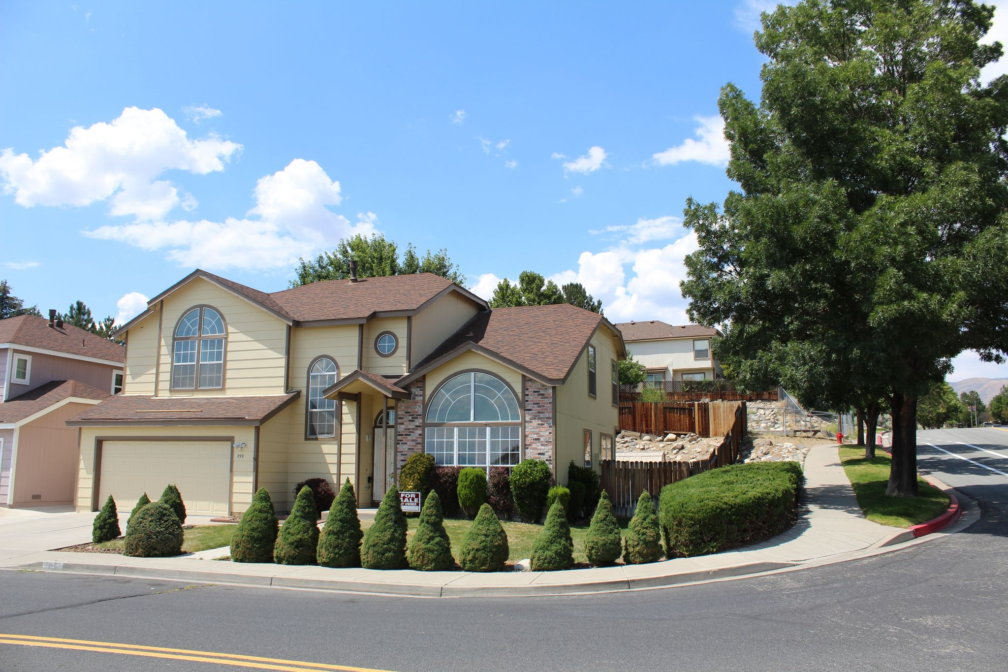999 westcliff ln for sale reno nv