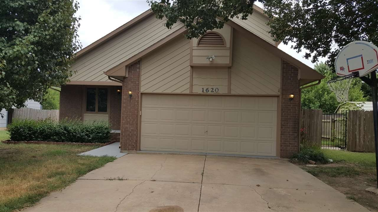 1620 S Cranbrook Ave For Sale - Wichita, KS | Trulia