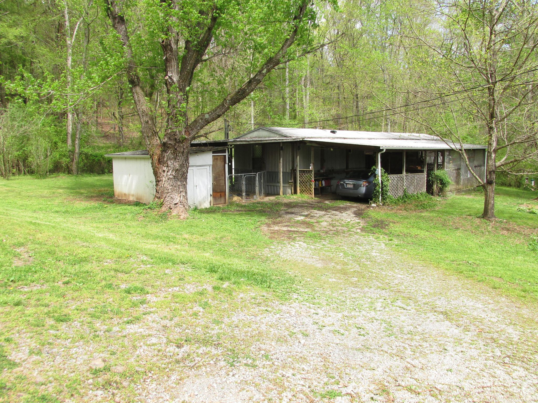 160 Thompson Rd, Pikeville, TN 37367 - 2 Bed, 1 5 Bath Mobile/Manufactured  - MLS #1076485 - 33 Photos | Trulia