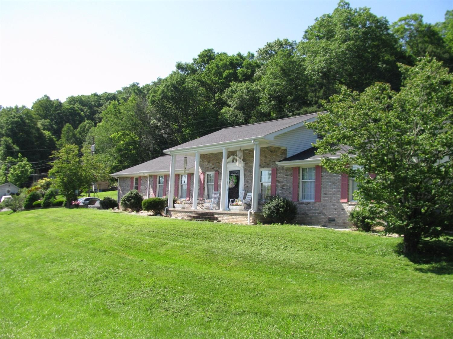 9 Crawford Ln For Sale  Barbourville KY  Trulia