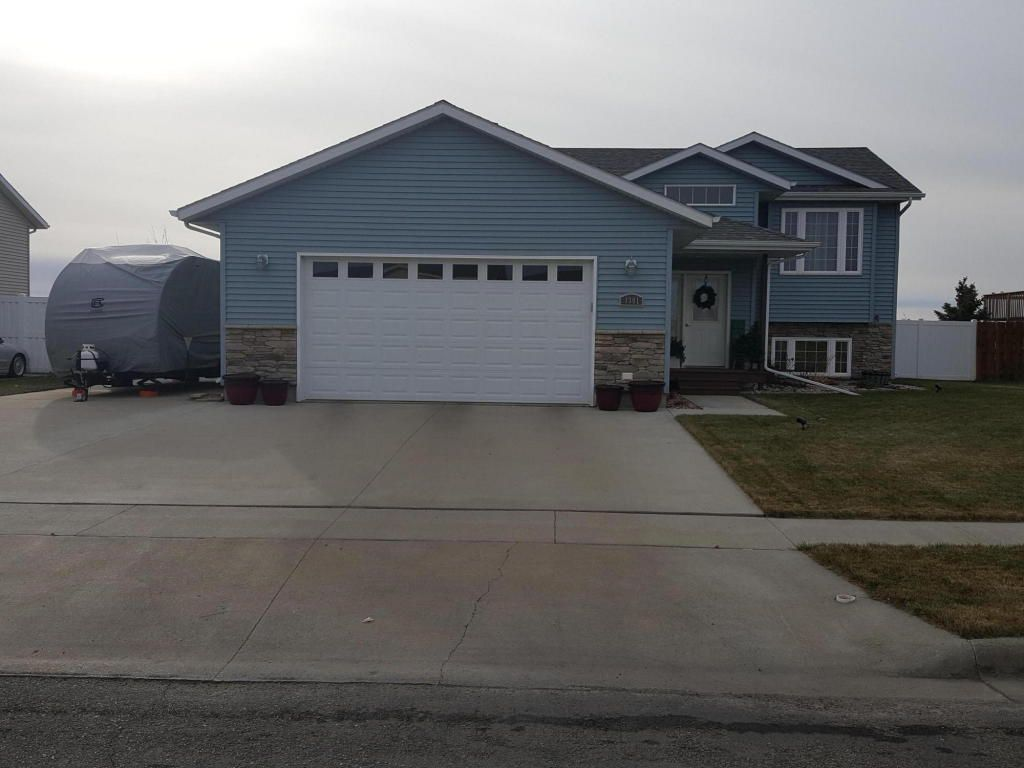 1301 Plum Ln Aberdeen Sd 57401 Estimate And Home Details Trulia