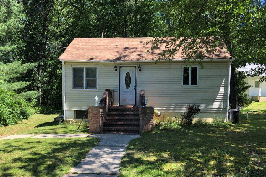 6 Willow Ave, Farmingdale, NJ 07727 - Foreclosure - 5 Photos   Trulia