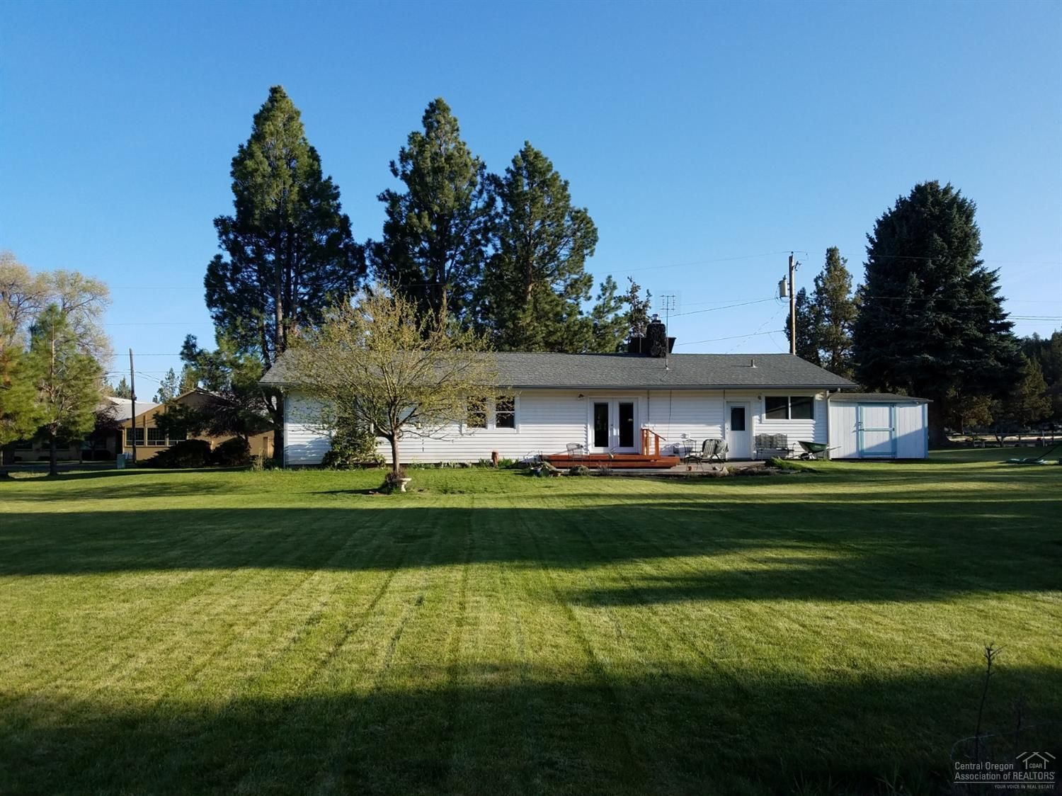 19816 2nd St, Bend, OR 97703 - 3 Bed, 2 Bath Single-Family Home - MLS  #201903589 - 19 Photos | Trulia