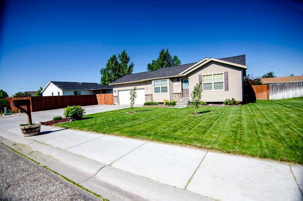 199 Kimberly Dr, Idaho Falls, ID 83401 - 3 Bed, 2 Bath Single-Family Home -  MLS #2122449 - 20 Photos | Trulia