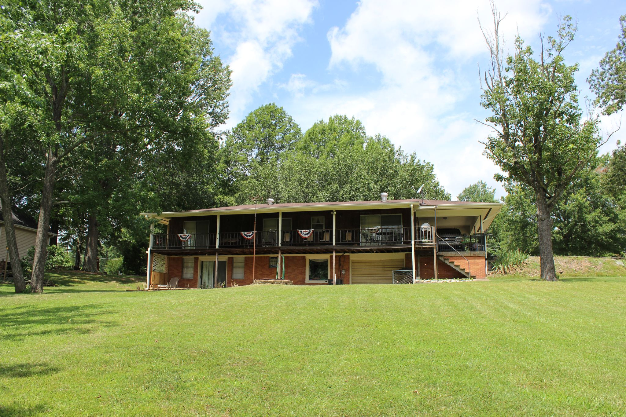 583 holiday acres dr for sale springville tn