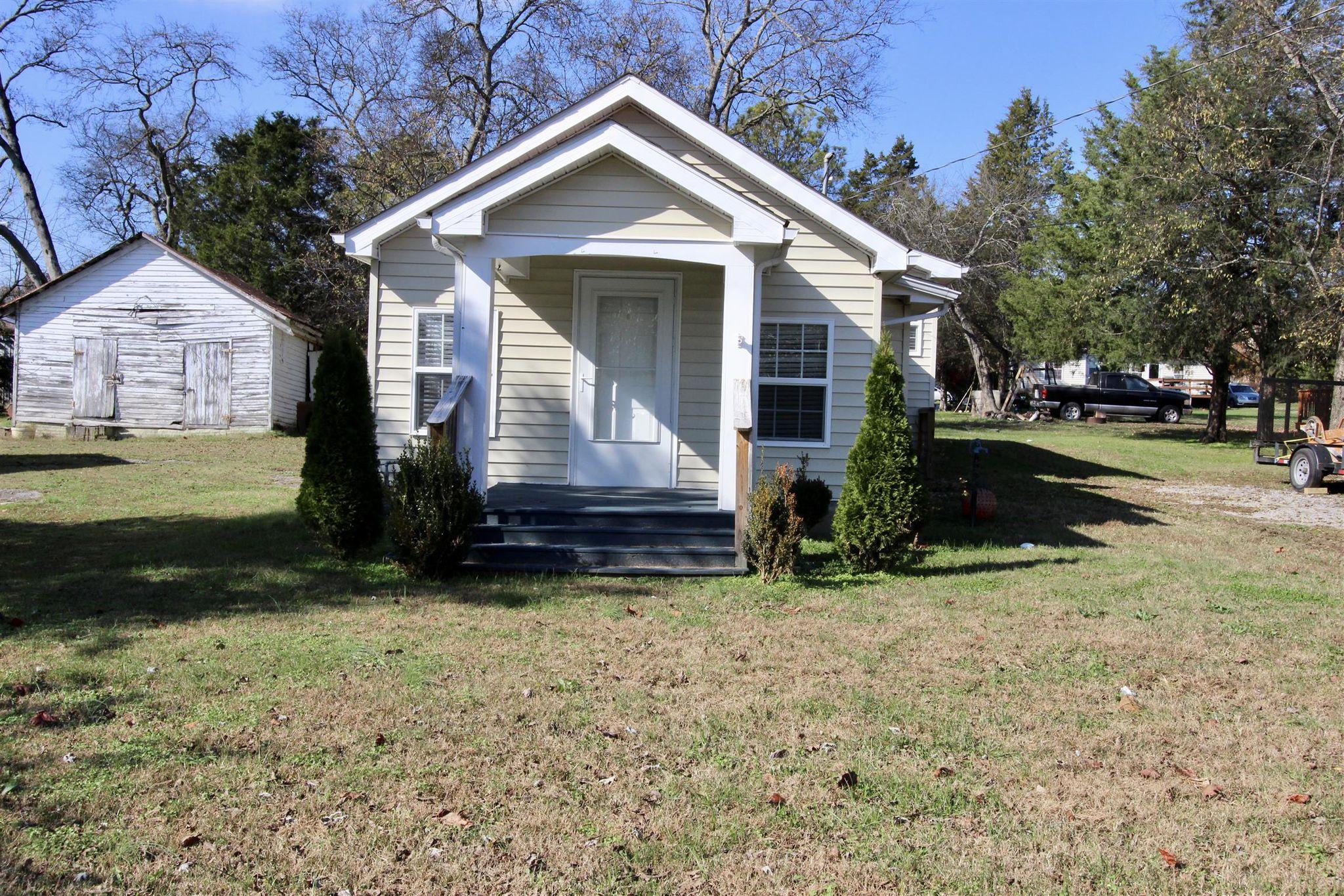 322 Elm Ave Watertown Tn 37184 2 Bath Single Family Home 9