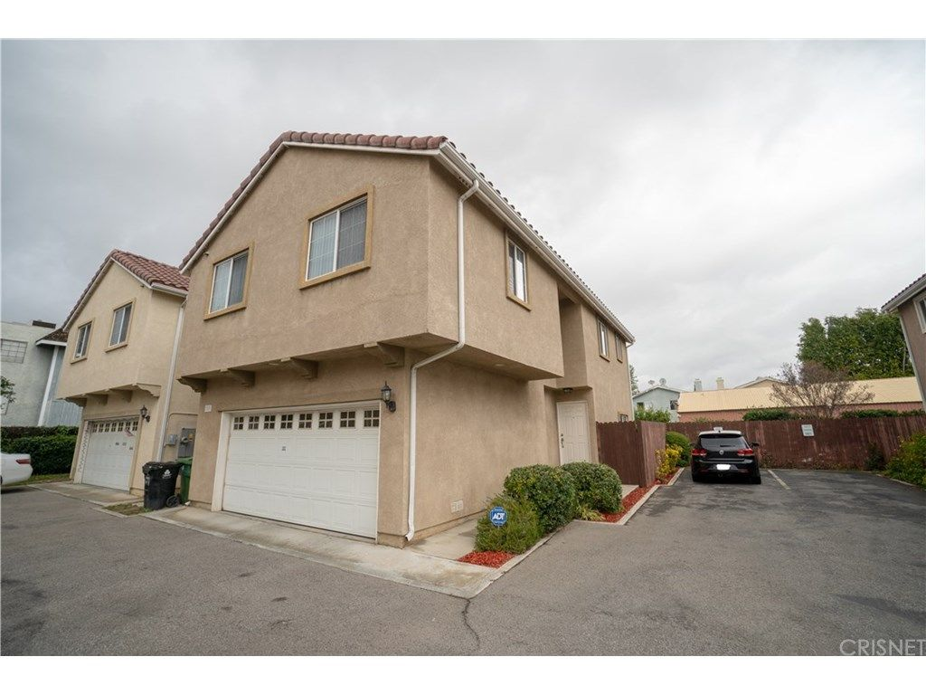 9125 Noble Ave 107 North Hills Ca 91343 3 Bed 3 Bath