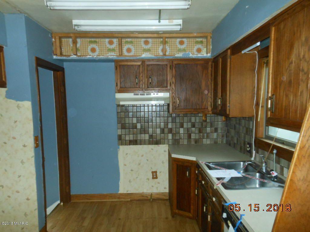 1827 Blandford Ave SW, Wyoming, MI 49519 | Trulia