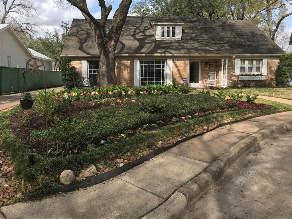 12110 Perthshire Rd, Houston, TX 77024 | Trulia
