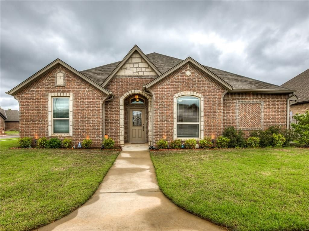 11200 Sw 37th Ct Mustang Ok 73064 3 Bed 3 Bath Single Family Home Mls 866552 36 Photos Trulia
