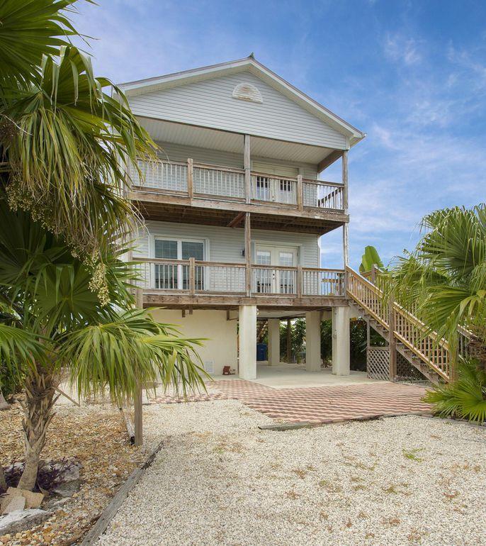 Super 328 Spica Ln Key West Fl 33040 3 Bed 3 Bath Single Family Home 4 Photos Trulia Beutiful Home Inspiration Xortanetmahrainfo