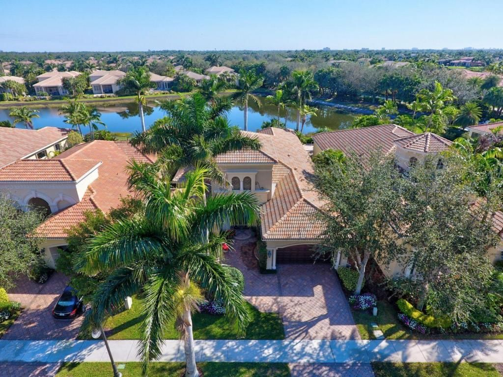 108 Monte Carlo Dr For Sale - Palm Beach Gardens, FL | Trulia