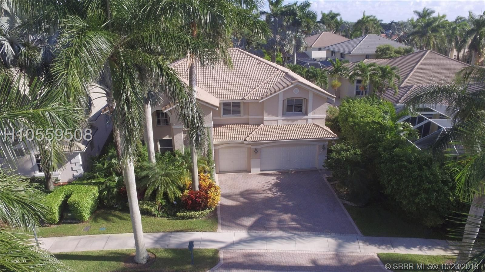 2476 Quail Roost Dr