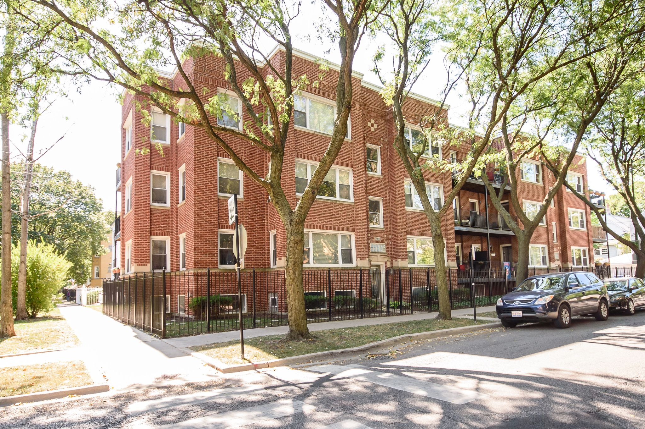3507 W Wilson Ave 3 Chicago IL Recently Sold