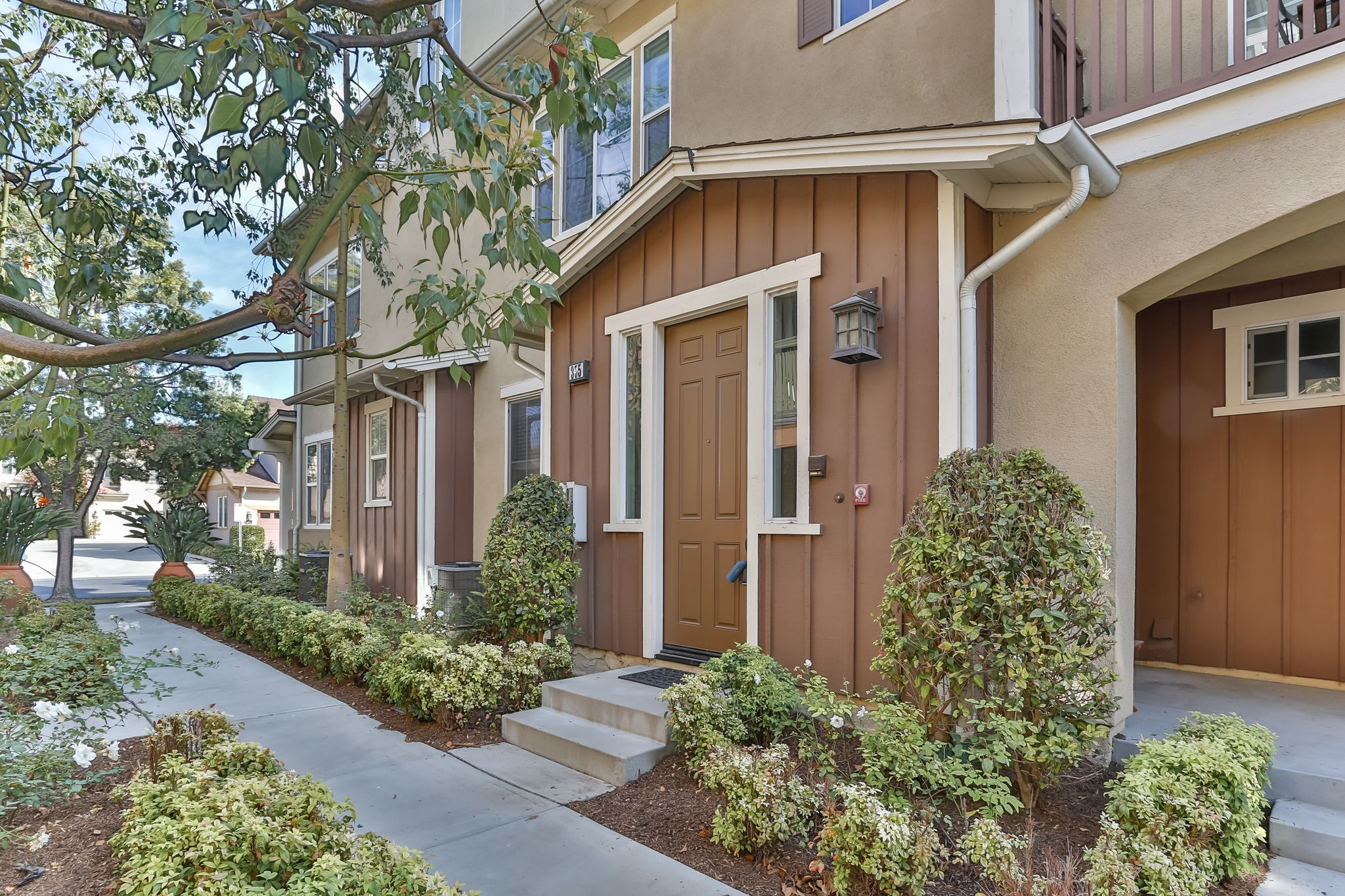 355 Flyers Ln For Sale Tustin CA