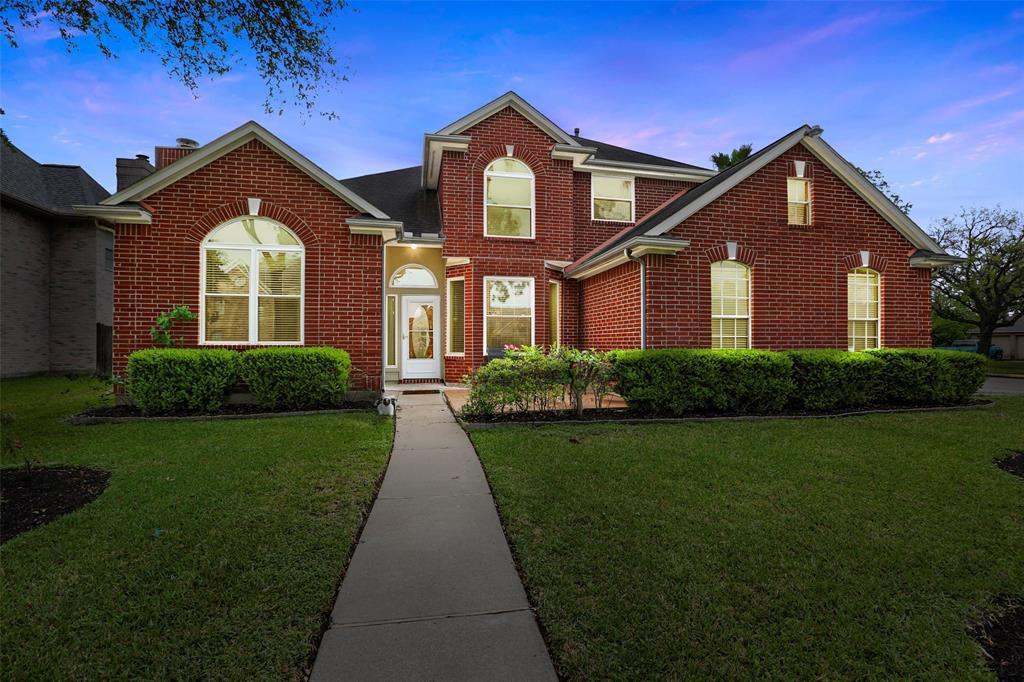 7119 Mission Court Dr, Houston, TX 77083 - 4 Bed, 3 Bath Single-Family Home  - MLS #30849026 - 41 Photos | Trulia