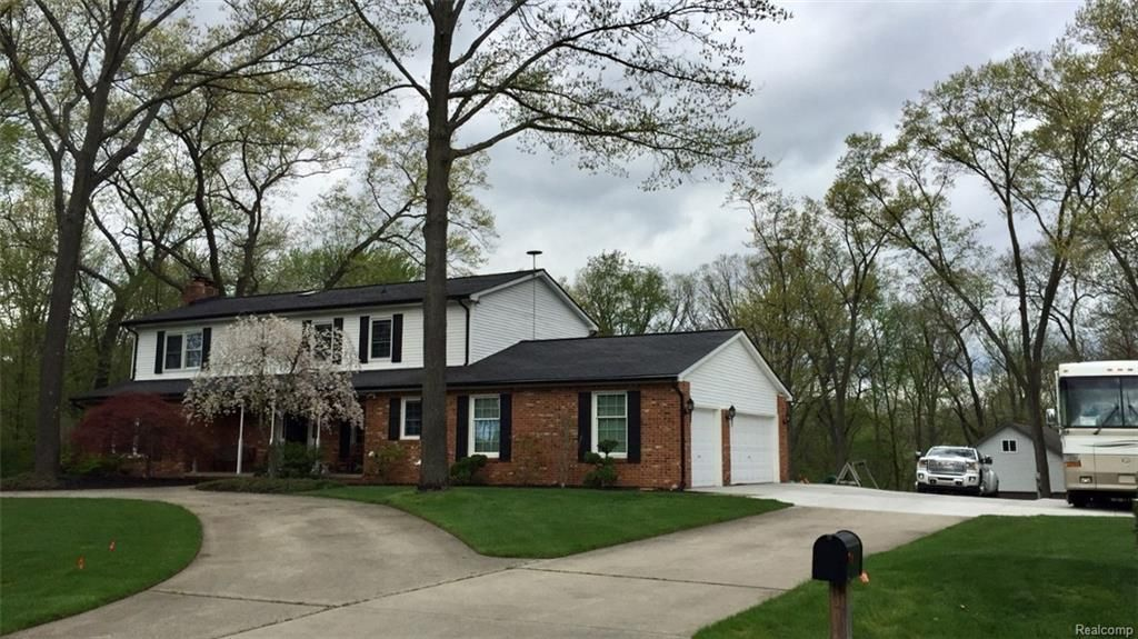 3661 Cottontail Ln 3661 Cottontail Ln For