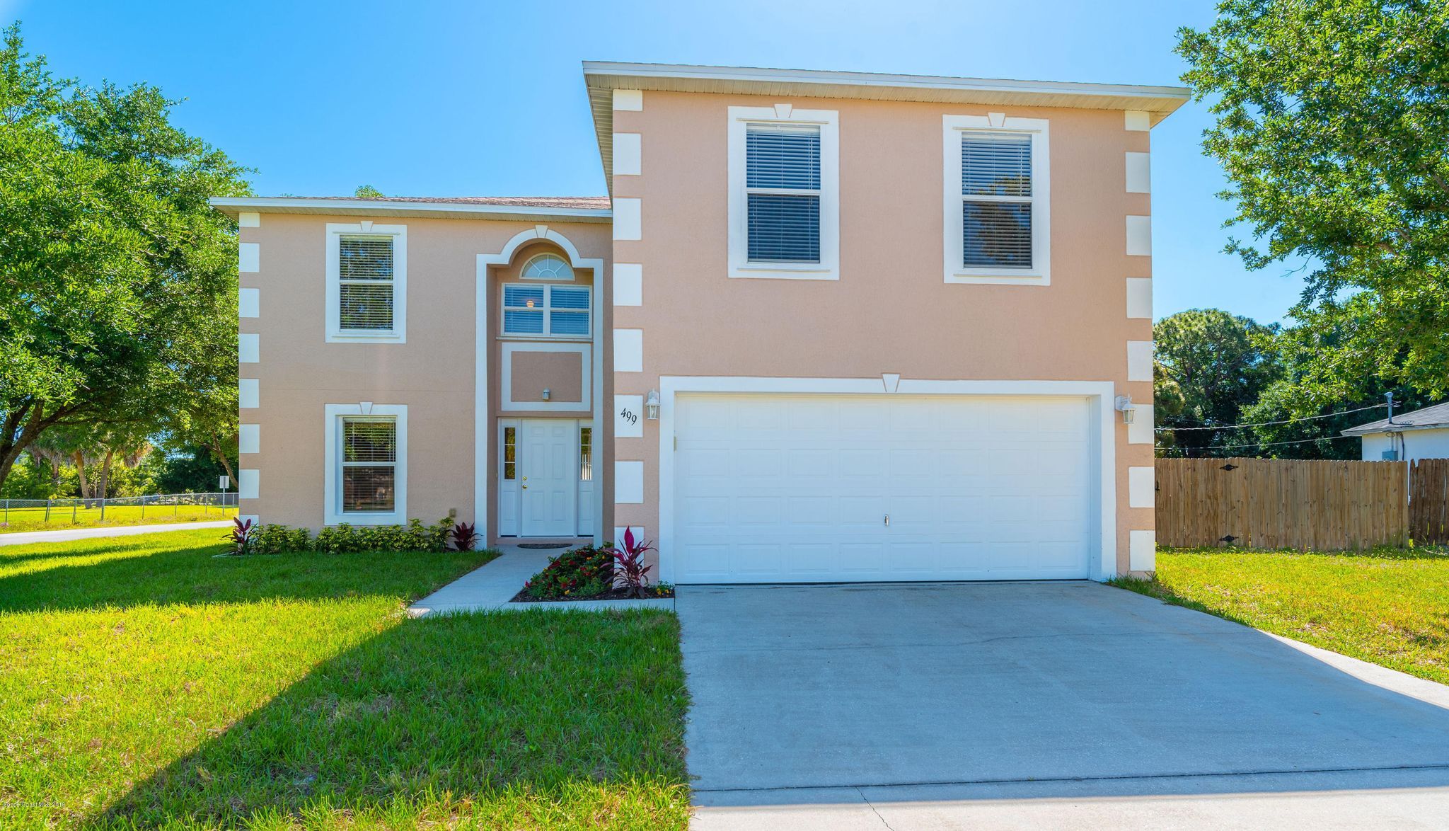 Prime 499 Borraclough Ave Nw Palm Bay Fl 32907 4 Bed 3 Bath Single Family Home Mls 842800 38 Photos Trulia Download Free Architecture Designs Scobabritishbridgeorg
