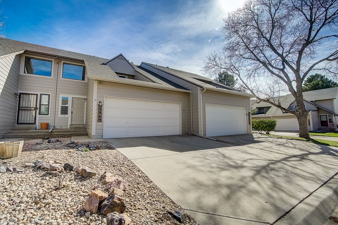 13969 E Oxford Pl, Aurora, CO 80014 - 2 Bed, 1 5 Bath Townhouse - MLS  #6338905 - 21 Photos | Trulia