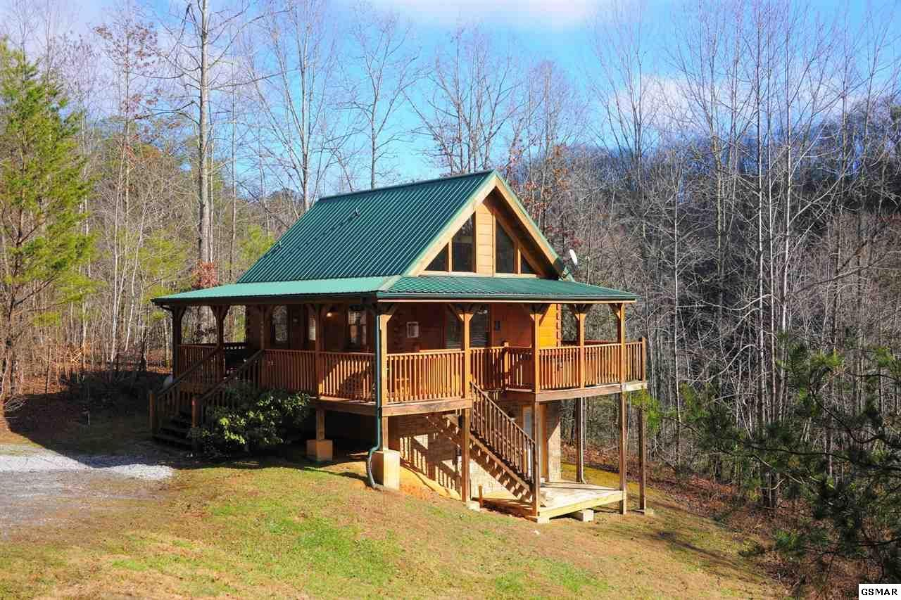 in gatlinburg tennessee luxury sales homes estate road coyote and usa sale real at family home for cabins east single tn o eng