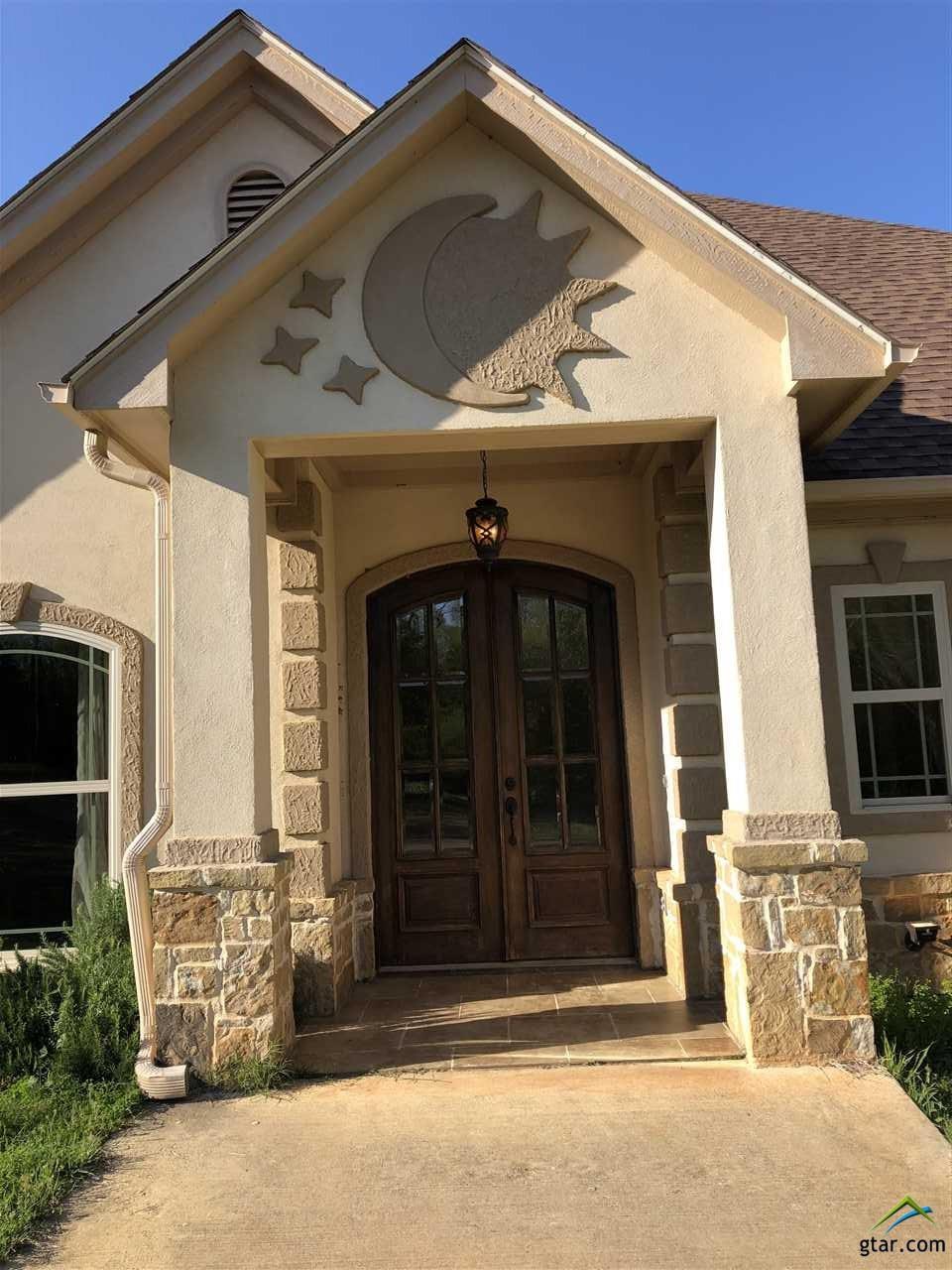 1054 Fairview St, Gladewater, TX 75647 - 4 Bed, 2 Bath Single-Family Home -  MLS #10106845 - 48 Photos   Trulia